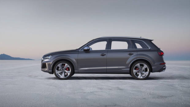 2020 Audi SQ7 TDI side on