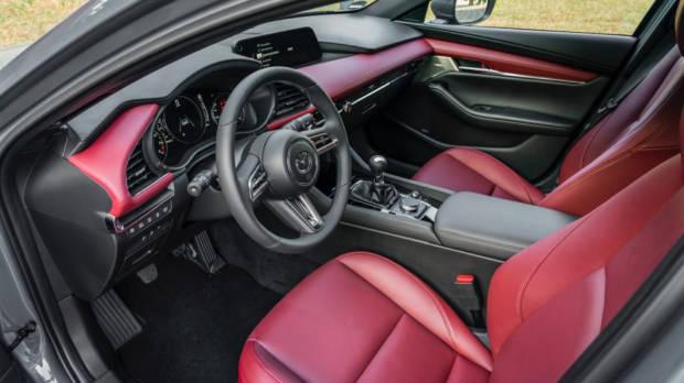 Mazda 3 Skyactiv-X 2020 interior