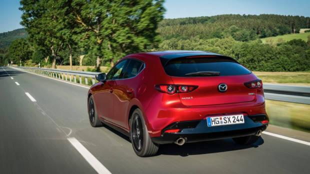 Mazda 3 Skyactiv-X 2020 rear