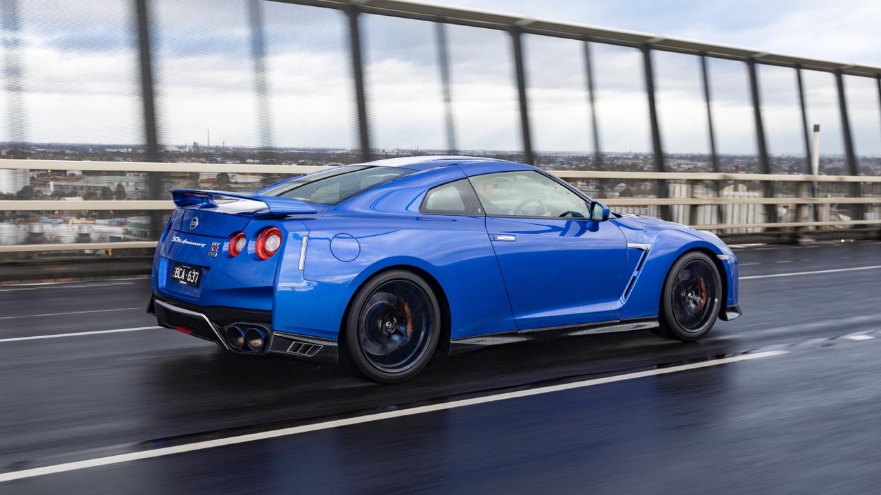 2019 Nissan GTR 50th Anniversary review blue6