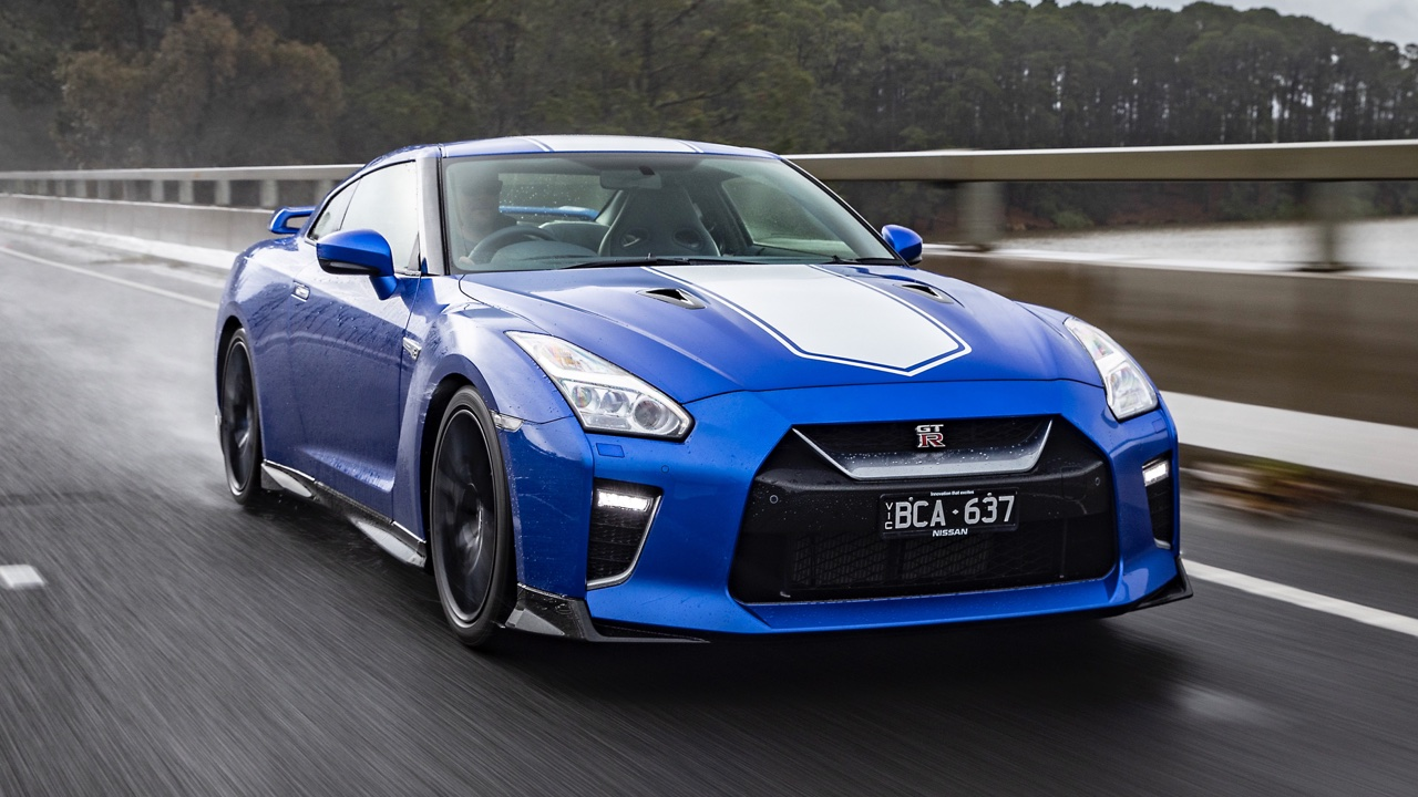 2019 Nissan GTR 50th Anniversary review blue7