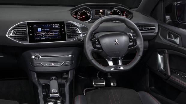 2019 Peugeot 308 GT Int1 (1)