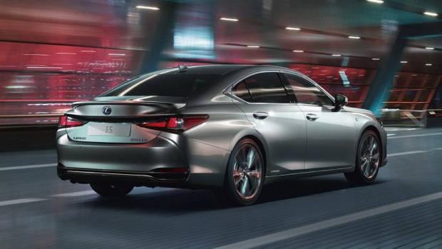 2020 Lexus ES F Sport cobalt driving