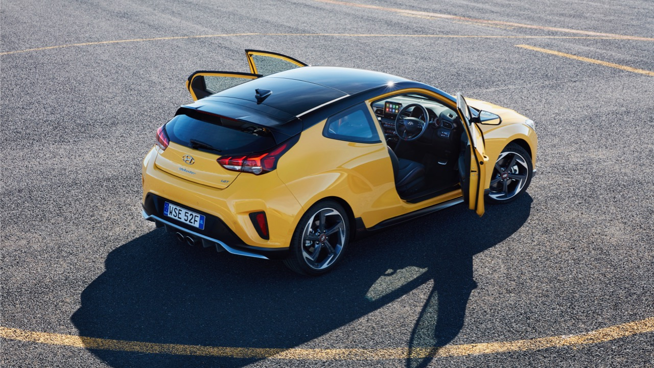 Hyundai Veloster review 2020 yellow doors