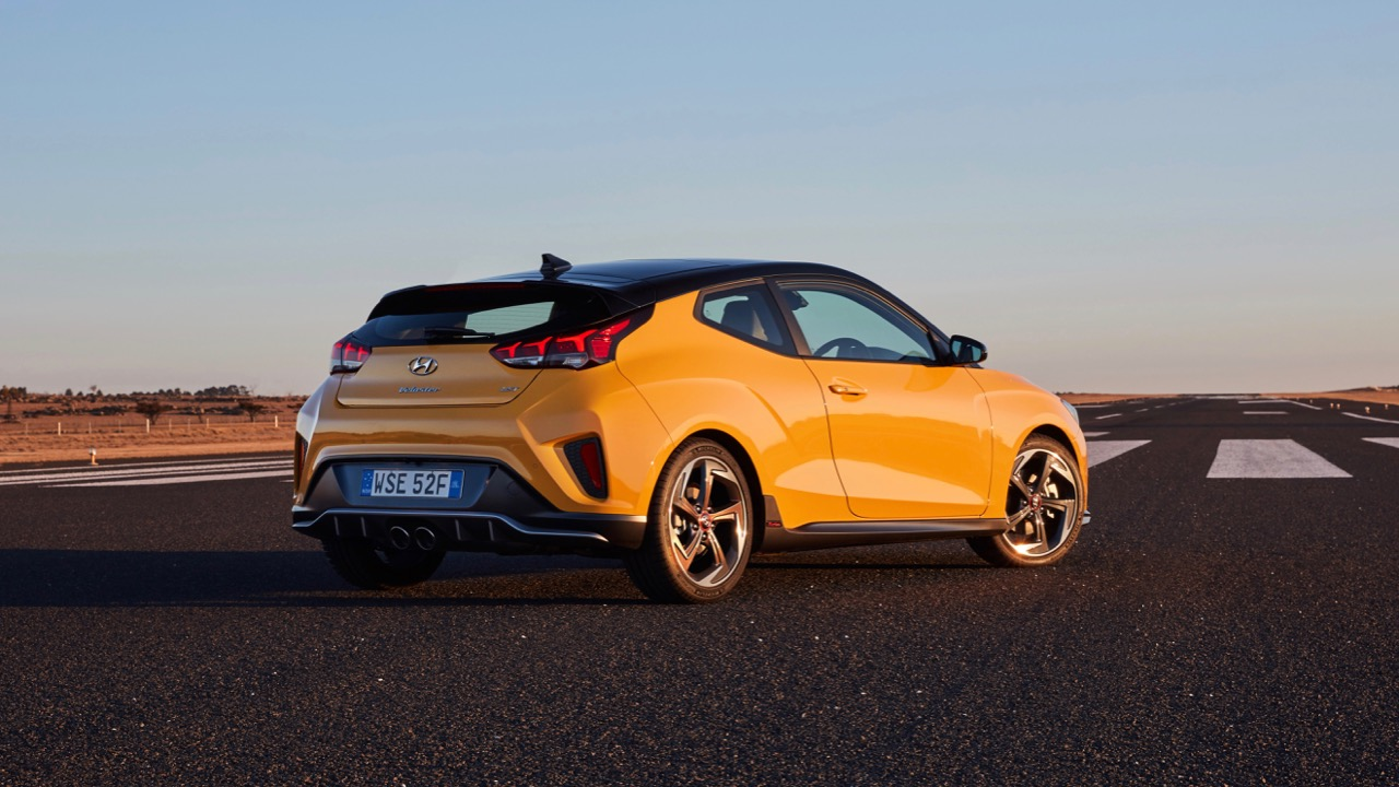 Hyundai Veloster review 2020 yellow rear