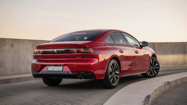 Peugeot 508 review fastback red 2019