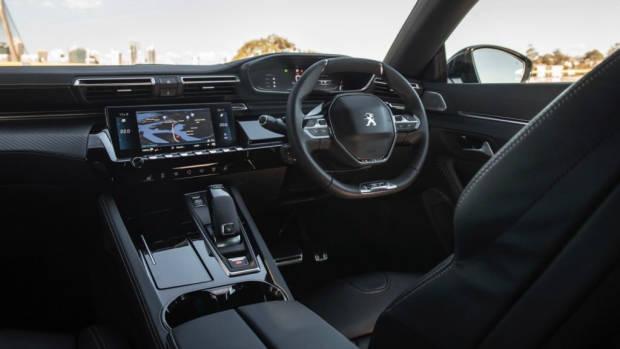 Peugeot 508 review interior 2019