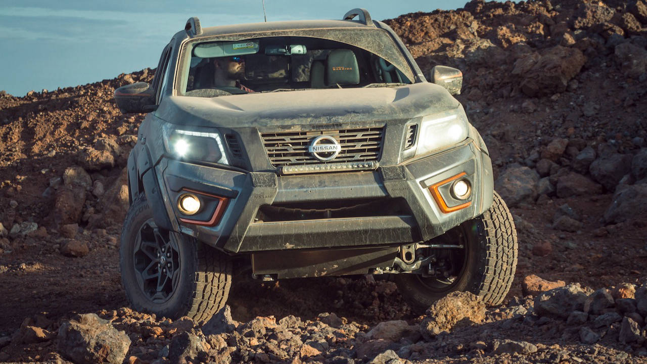 Nissan Navara Warrior grey front
