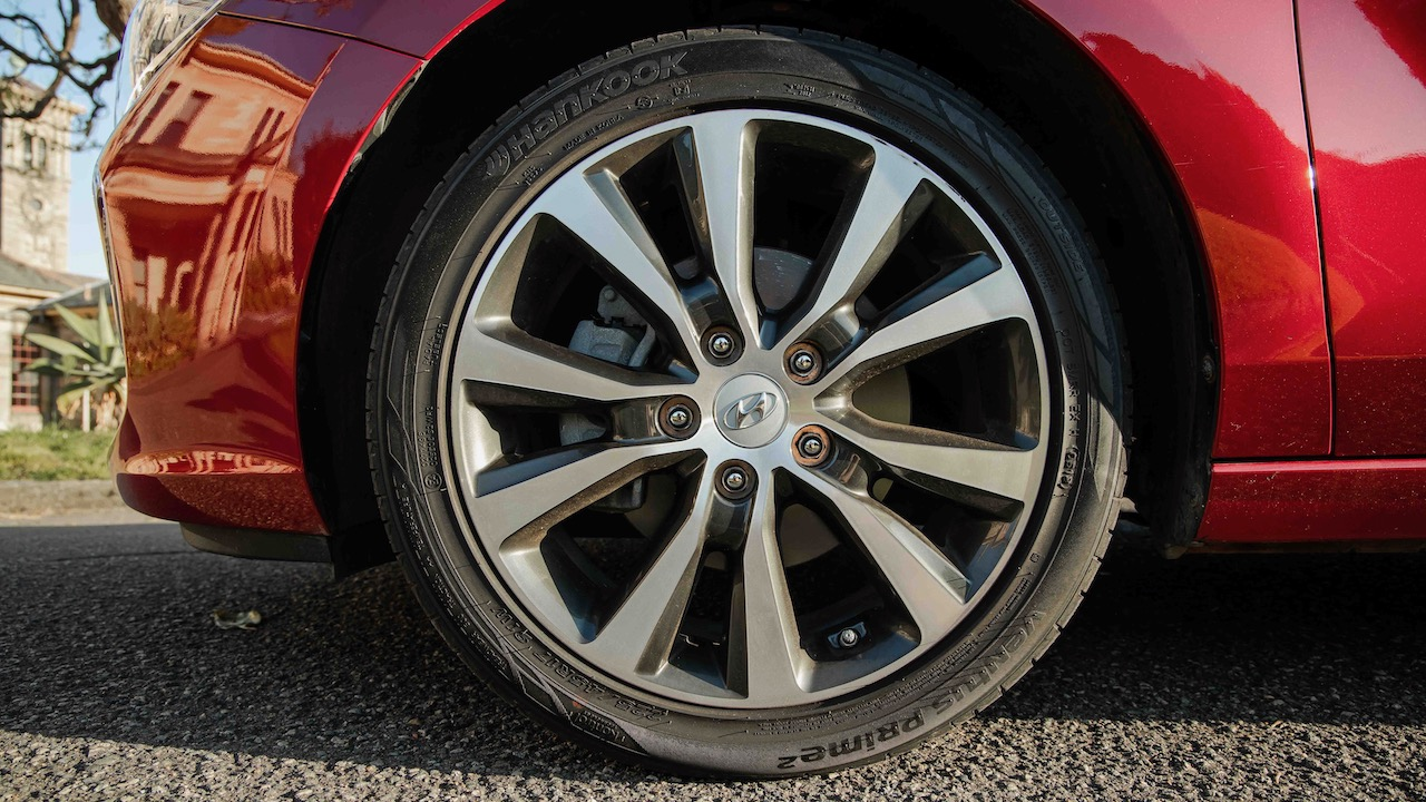 Hyundai i30 2020 review wheels