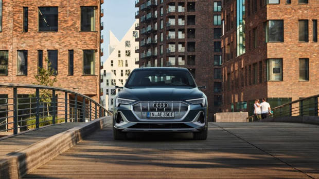 2020 Audi e-tron Sportback 2