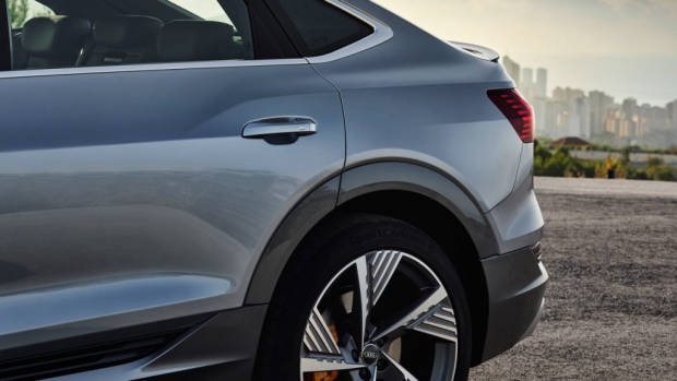 2020 Audi e-tron Sportback 6