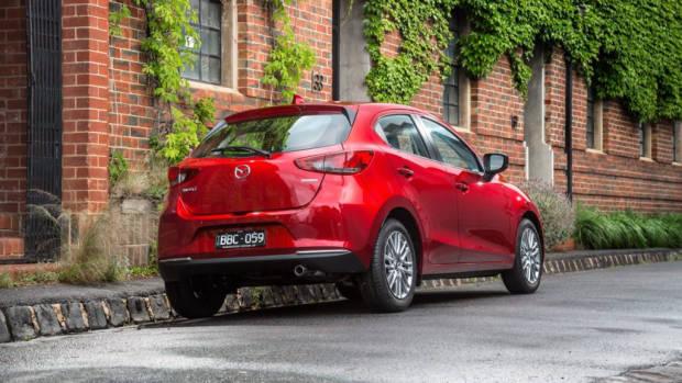 2020 Mazda 2 Facelift - 1