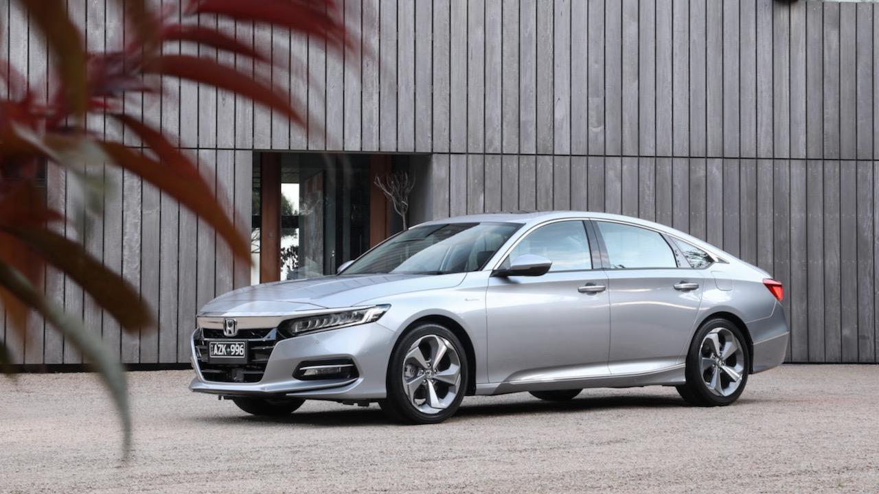 Honda Accord 2020 review hybrid sedan