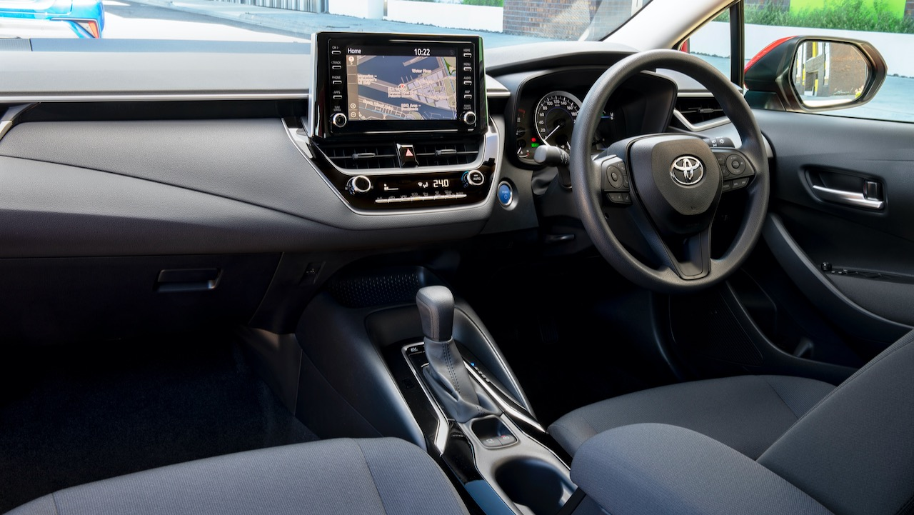 Toyota Corolla sedan review 2020 interior
