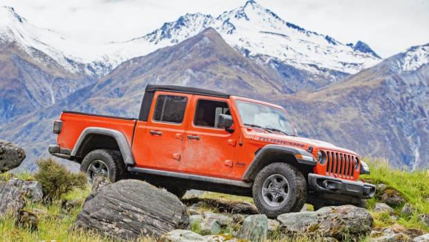 2020 Jeep Gladiator off road