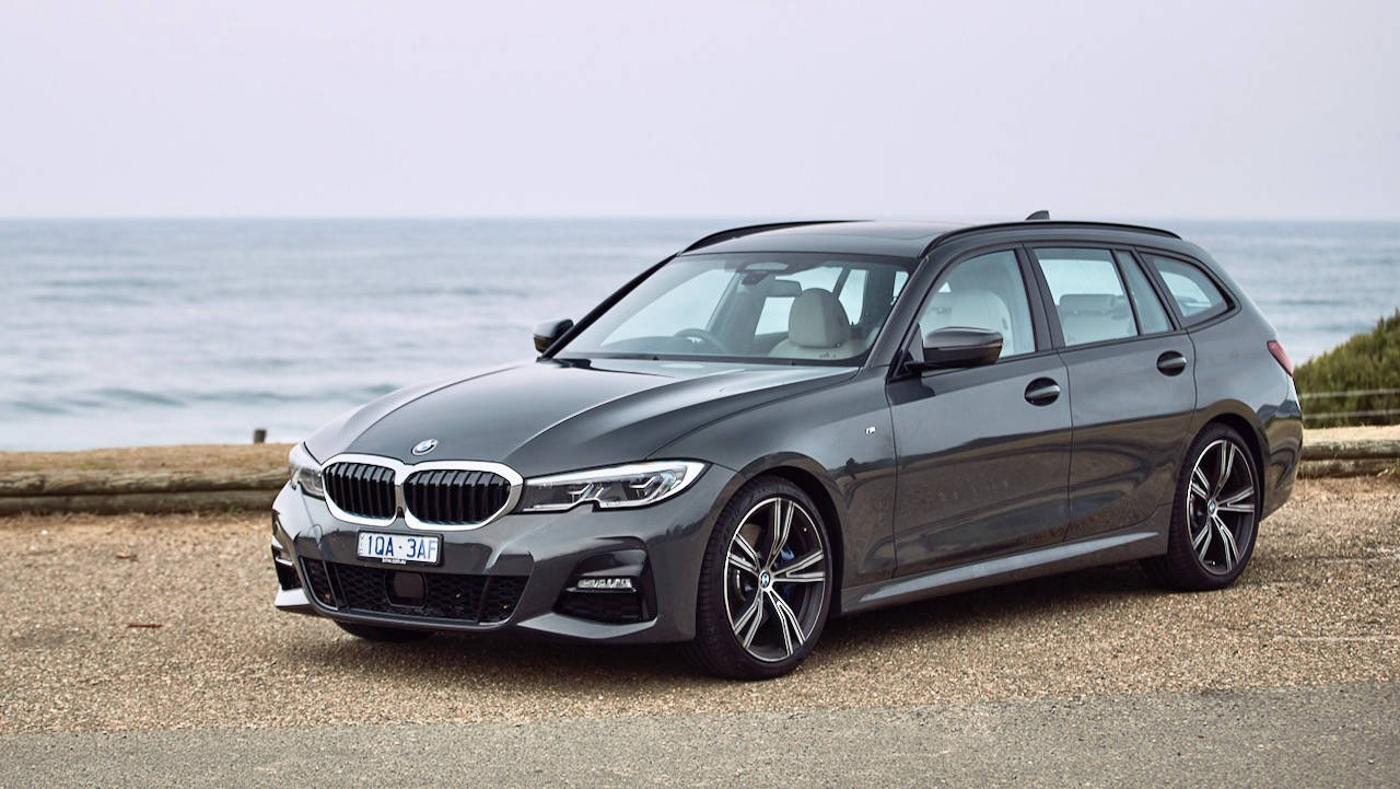 BMW 330i Touring review 2020 design
