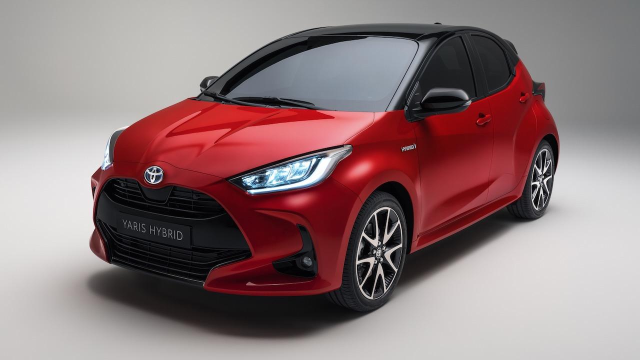Toyota Yaris Hybrid 2020 red