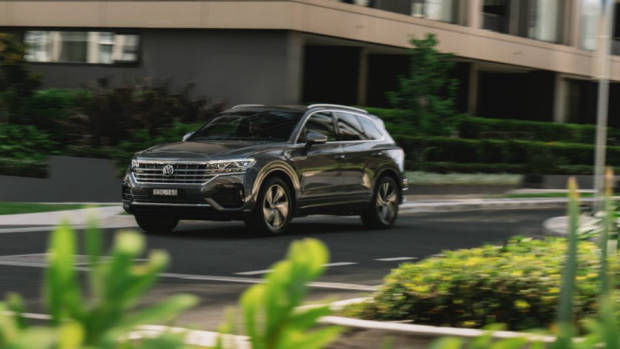 Volkswagen Touareg R-Line review 2020 design
