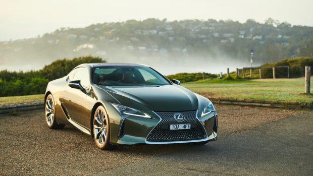 Lexus LC 500 Inspiration Series 2020 green
