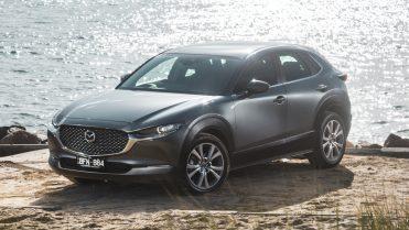Mazda CX-30 2020 machine grey front