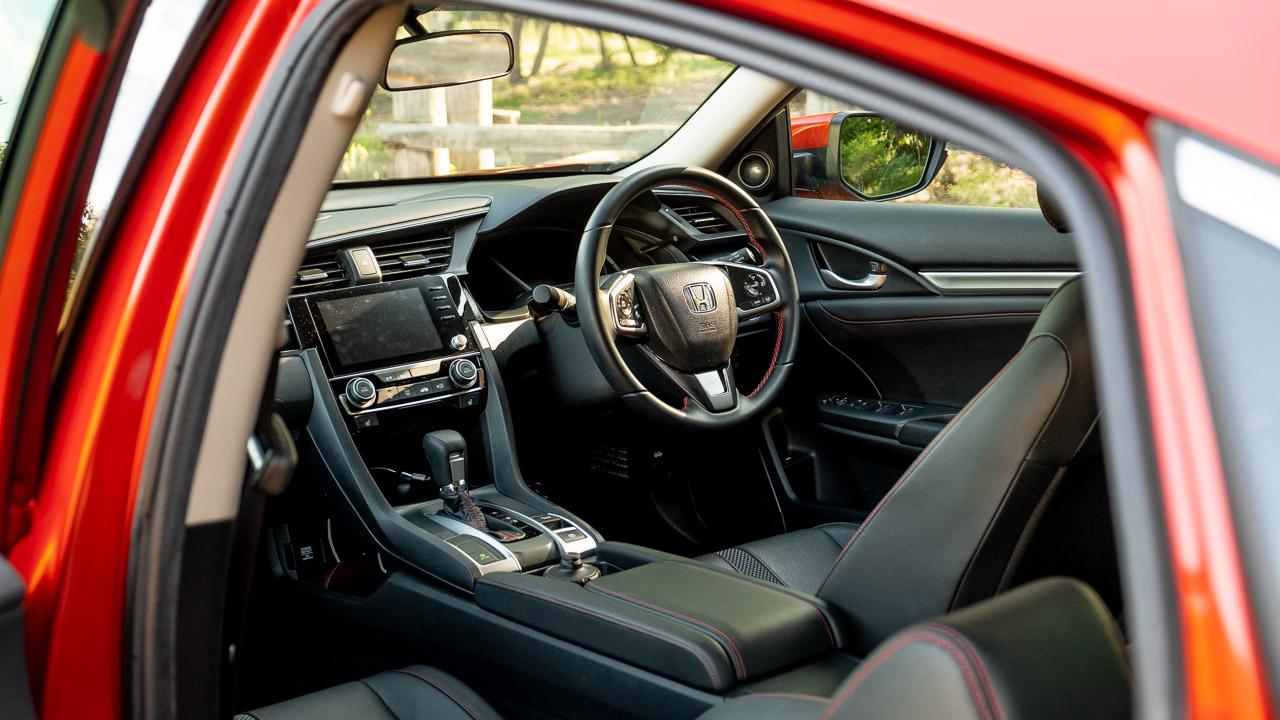 2020 Honda Civic sedan leather interior