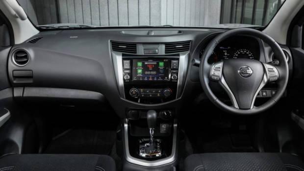 2020 Nissan Navara ST - 5
