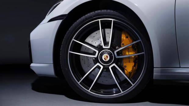 2020 Porsche 911 Turbo S - 6