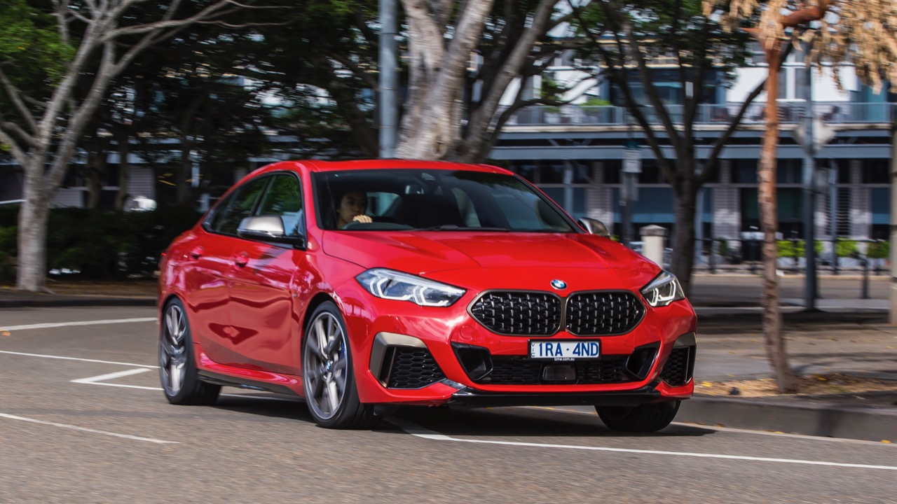 BMW M235i Gran Coupe 2020 red handling