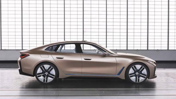BMW i4 2021 EV concept profile