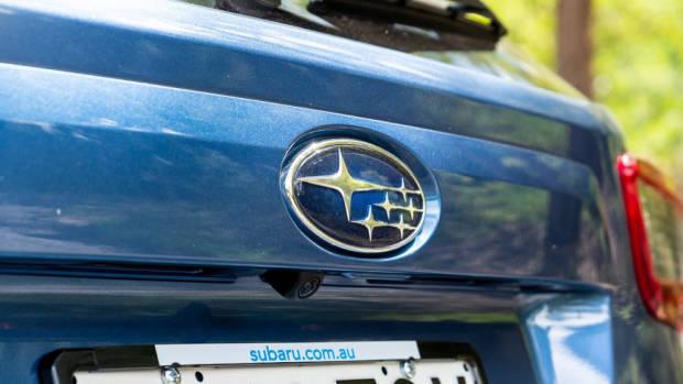 Subaru Impreza hatch 2020 Subaru badge