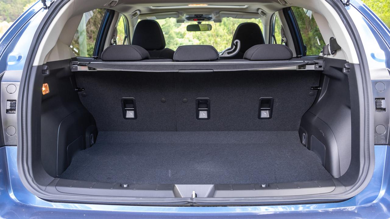 Subaru Impreza hatch 2020 boot space