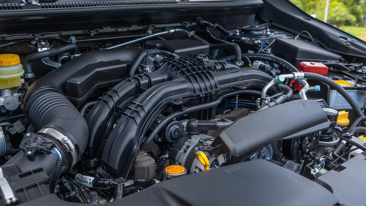 Subaru Impreza hatch 2020 boxer engine