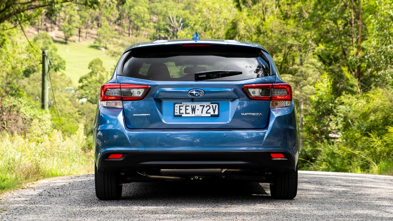 Subaru Impreza hatch 2020 rear end