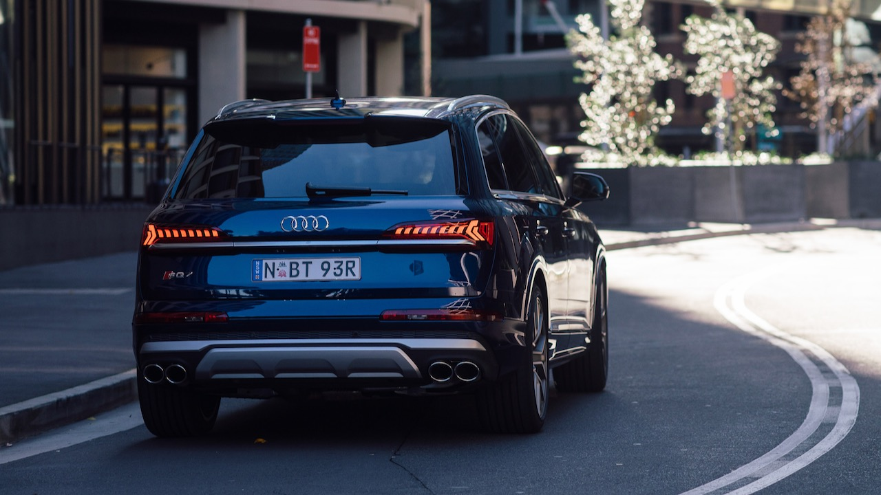 2020 Audi SQ7 SUV design