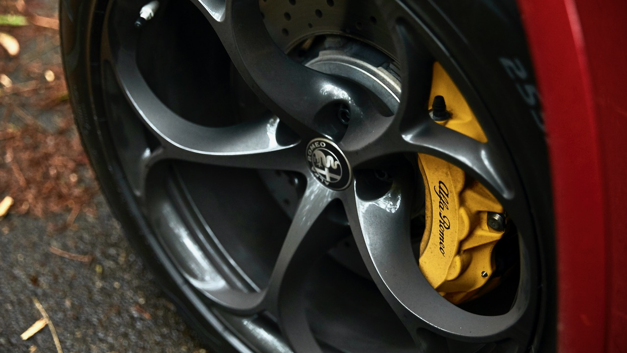 Alfa Romeo Stelvio Quadrifoglio review 2020 yellow calipers