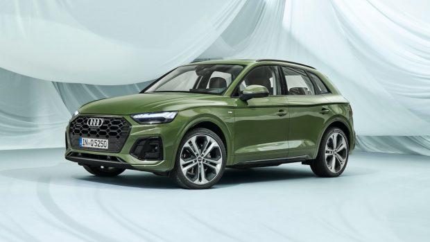2021 Audi Q5 facelift green front 34