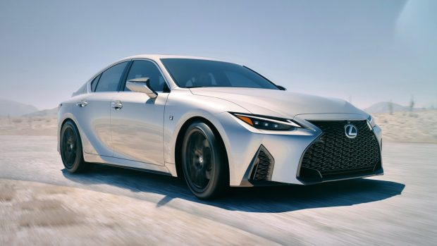 Lexus IS 2021 reveal front end
