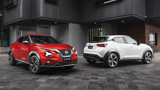 Nissan Juke red and white 2020
