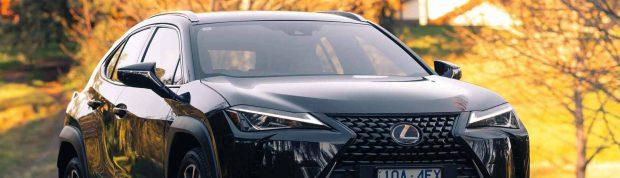 Lexus UX 200 Front 3/4 alt